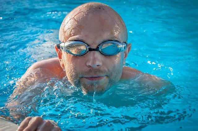 Mořská sůl se dá použít do bazénů vybavených salinizační jednotkou, ale i obyčejných typů bazénů, které nemají žádnou podobnou j